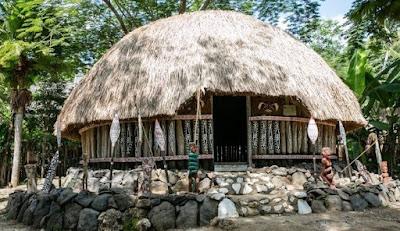 Indonesia mempunyai banyak banyak adab istiadat yang turun temurun dari nenek moyang Macam Macam Rumah Adat Yang Ada Di Pulau Papua