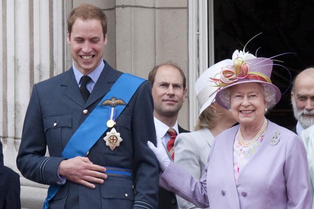 Jak Królowa przygotowuje księcia Williama do roli króla?