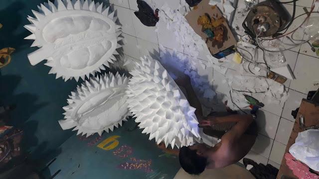 Maskot durian 3D styrofoam