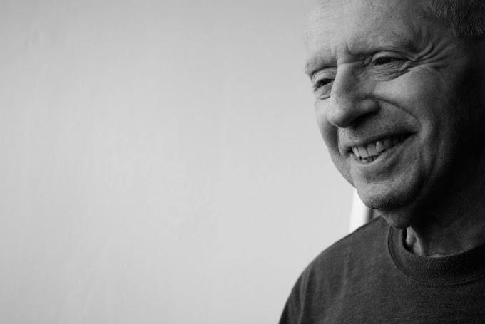 CUADERNO DE NOTAS José Kozer: «En todo poema hay un primer momento»