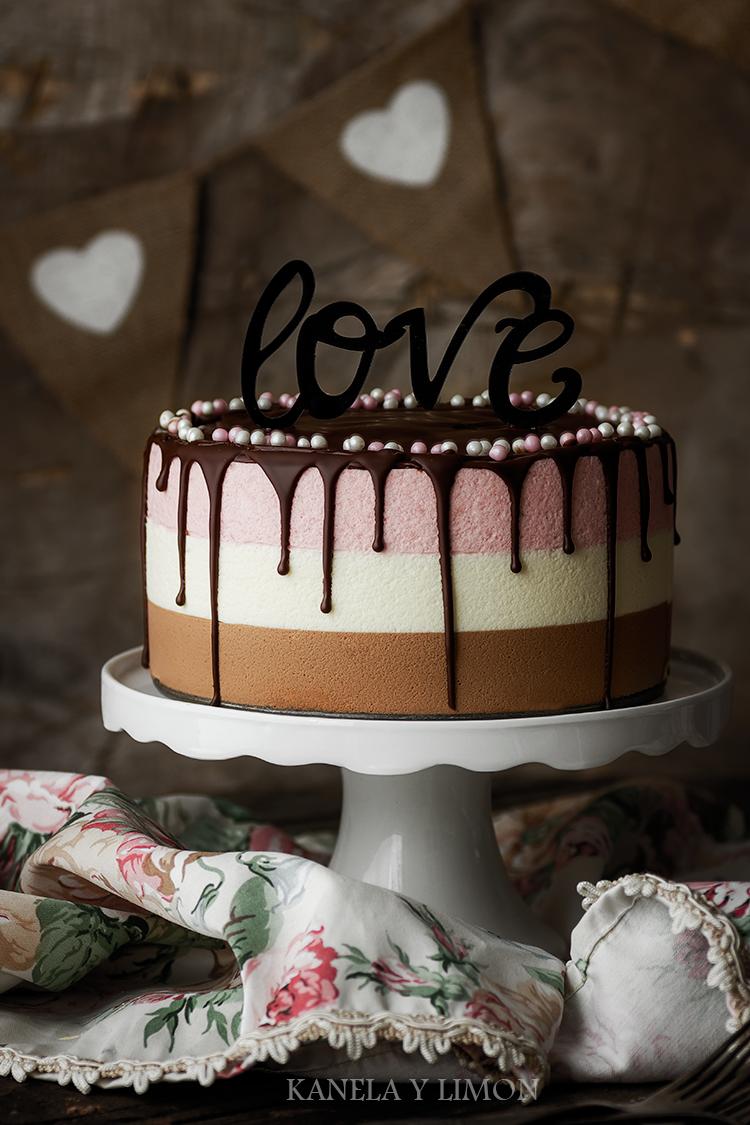 Kanela y Limón: Tarta de fresas y chocolate (San Valentín)