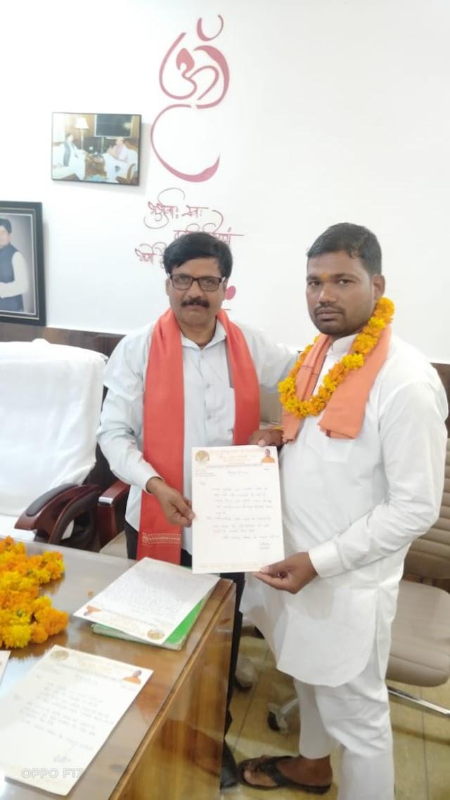 हिन्दू युवा वाहिनी जिला गौतमबुद्धनगर की बैठक जेवर कार्यालय पर संपन्न
