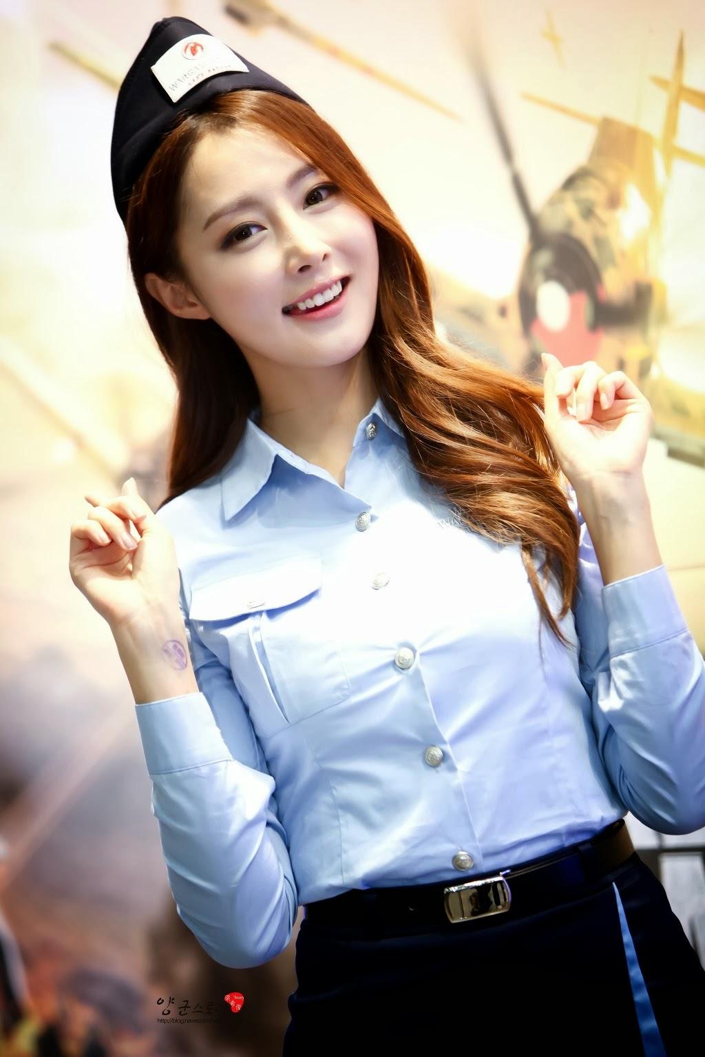 Cute Girls: Asian Girl