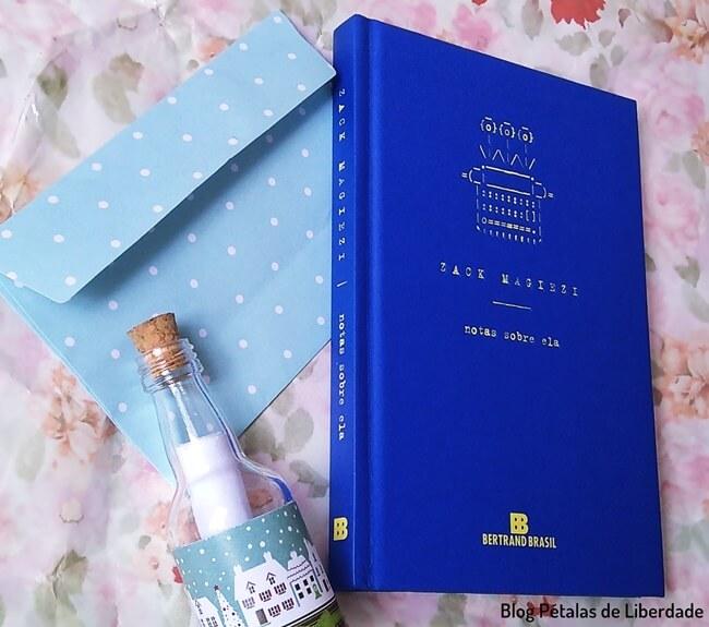 Resenha, livro, Notas-sobre-ela, Zack-Magiezi, Bertrand, Poesia, trechos, quote, opiniao, blog-literario, petalas-de-liberdade, capa