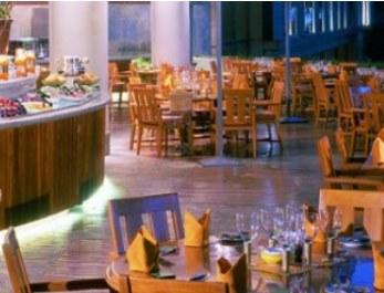 مطعم البلد الرياض للمأكولات اللبنانية أطباق مع خدمة التوصيل