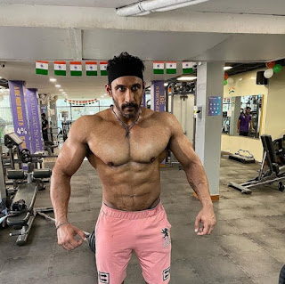 bodybuilder tarun gill biography