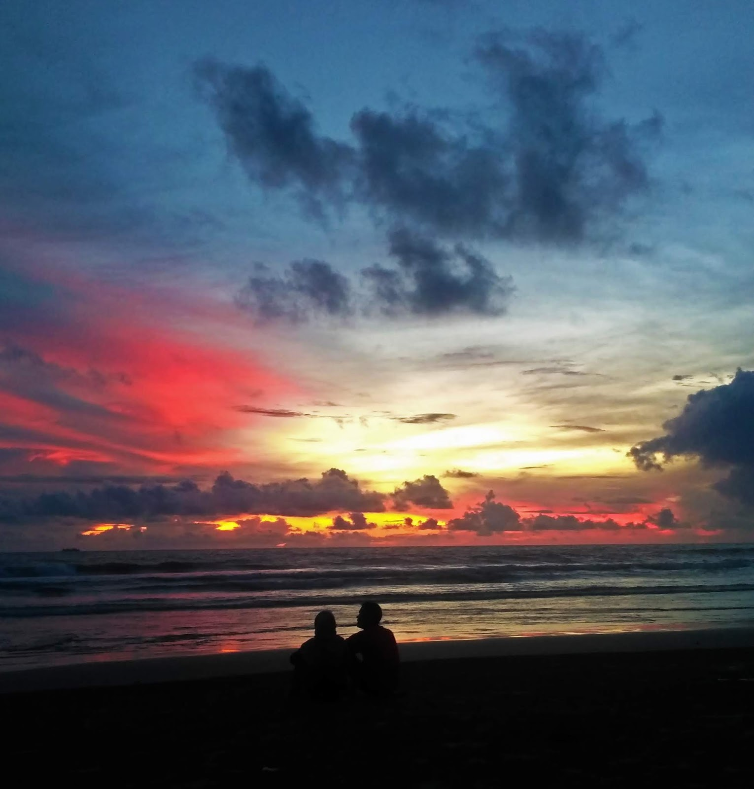 sunset pantai panjang