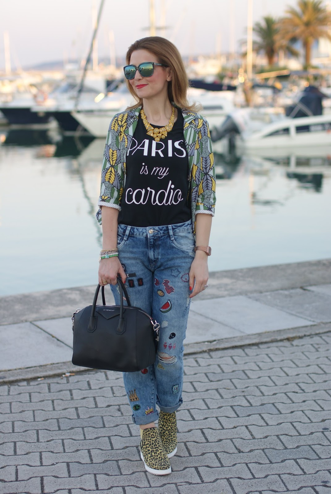 560f95d51ed Love my patch jeans and my Paris is my cardio t-shirt with 181 shoes !