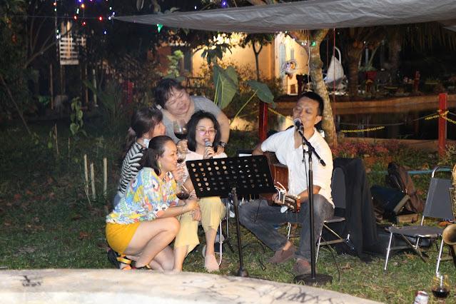 Giao lưu nhạc acoustic bên bếp lửa