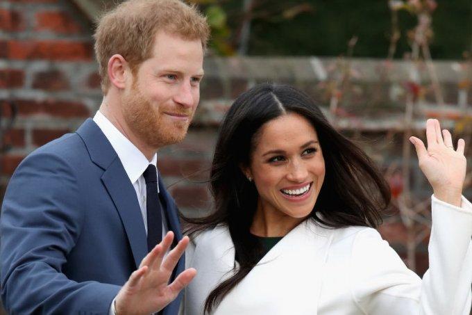 Príncipe Harry e Meghan Markle anunciam afastamento da Família Real