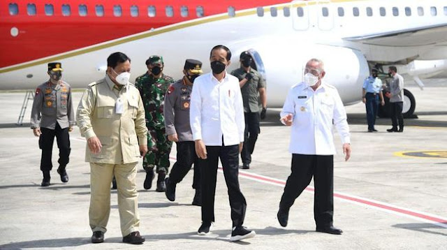Diajak Kunker ke Kaltim, Jokowi Sedang Singkirkan Luhut dan Menimang Prabowo, atau Minta Restu Amandemen?