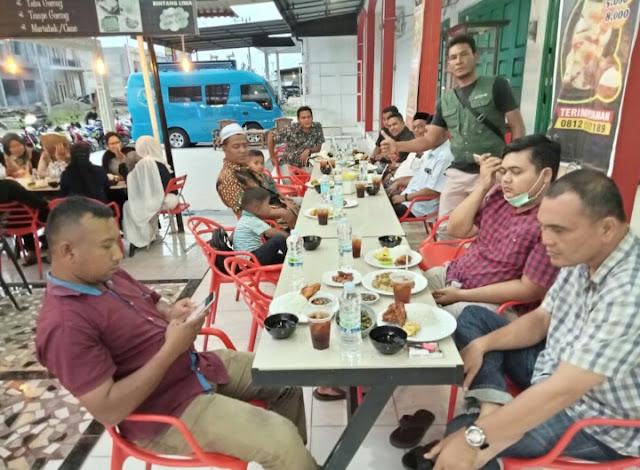 Ramadhan ke-24 : Komunitas Jurnalis Pidie Jaya Adakan Buka Puasa Perdana