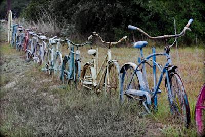 como hacer una cerca  muchas bicicletas