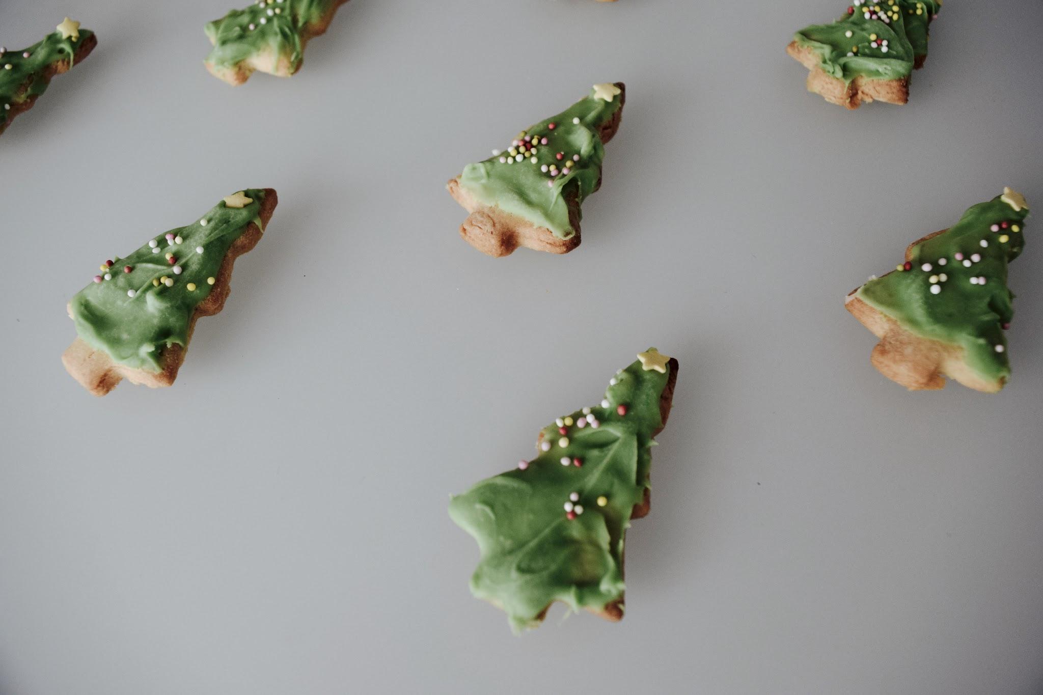 Close-up van mijn zelfgemaakte kerstkoekjes.