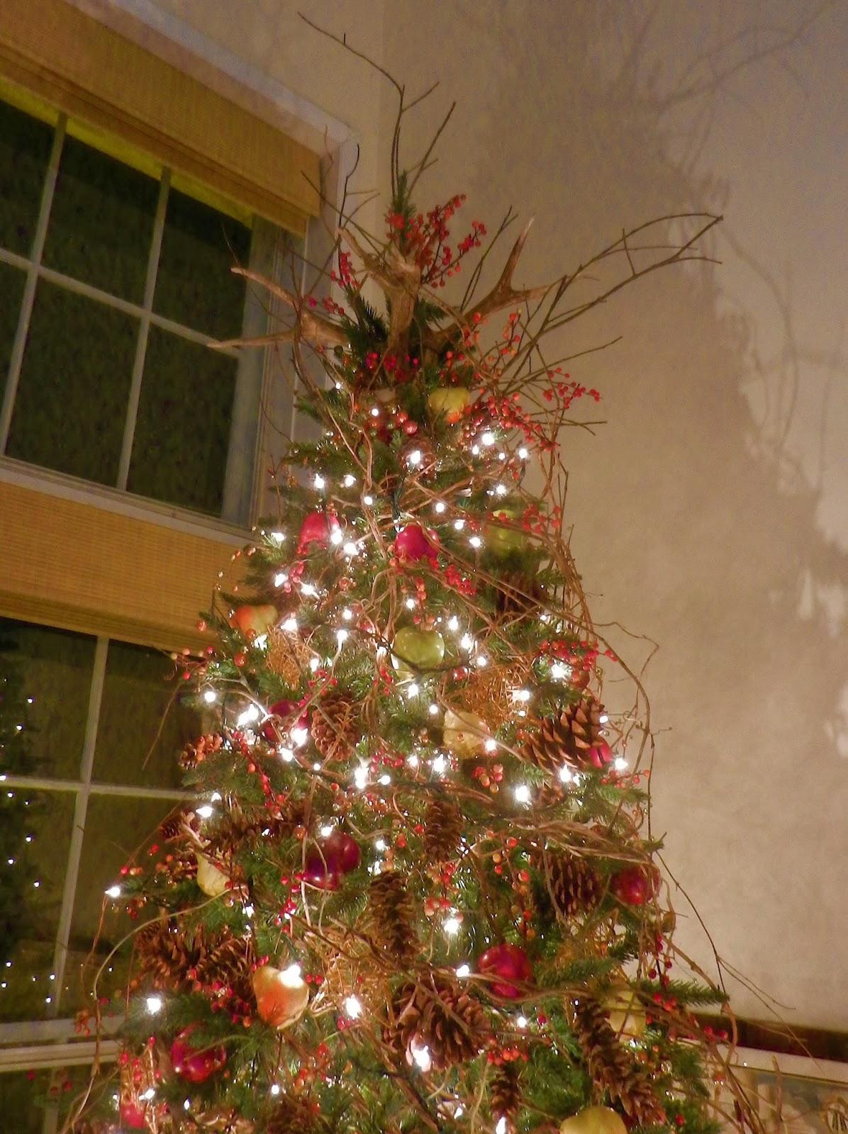Knickerbocker Style  Design An Elegant NatureInspired Christmas Tree