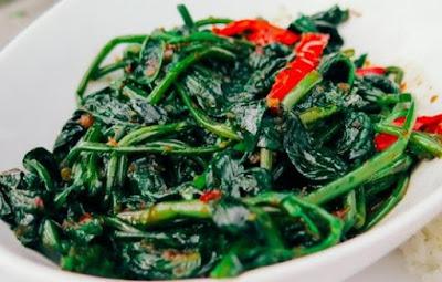 Resep Cah Kangkung Bawang Putih Enak Dan Praktis