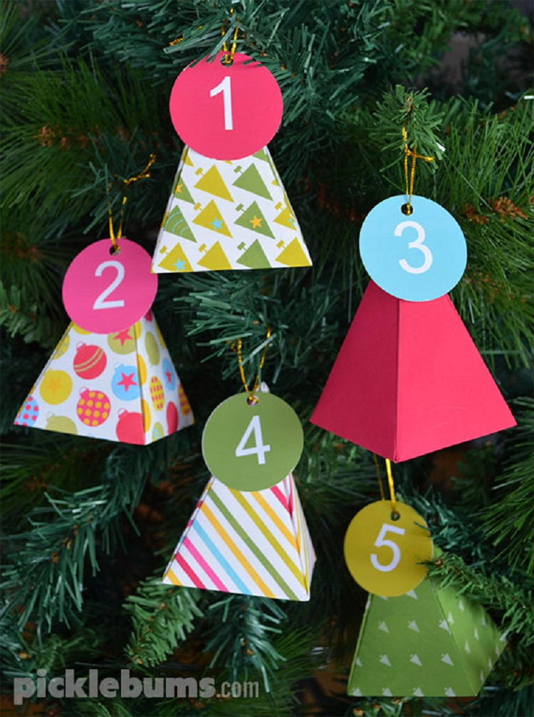 picklebums printable tree shaped advent calendar boxes