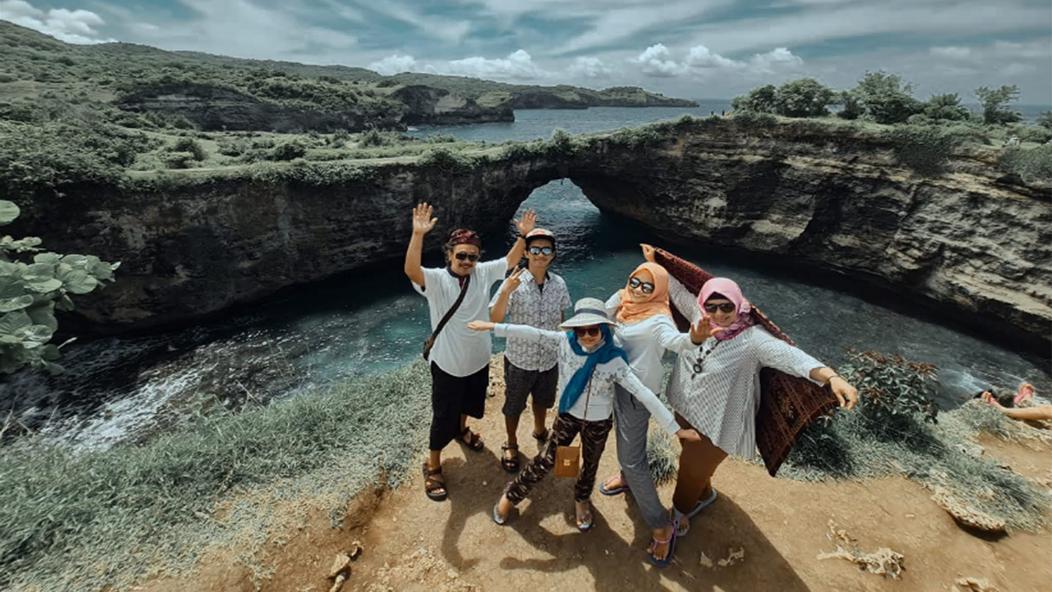 Best of Price Paket Tour Half Day Nusa Penida Island