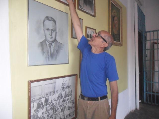 Del mismo modo el personal visitante recibió visita guiada con charla documental sobre los inicios de la fundación Dr Pedro María Arevalo, personajes fundadores, orígenes, estatutos bajo los cuales fue creado y la visión del mismo, otro tanto hicieron las bibliotecarias en lo que ha instalaciones y material bibliográfico en lo que a ello respecta.