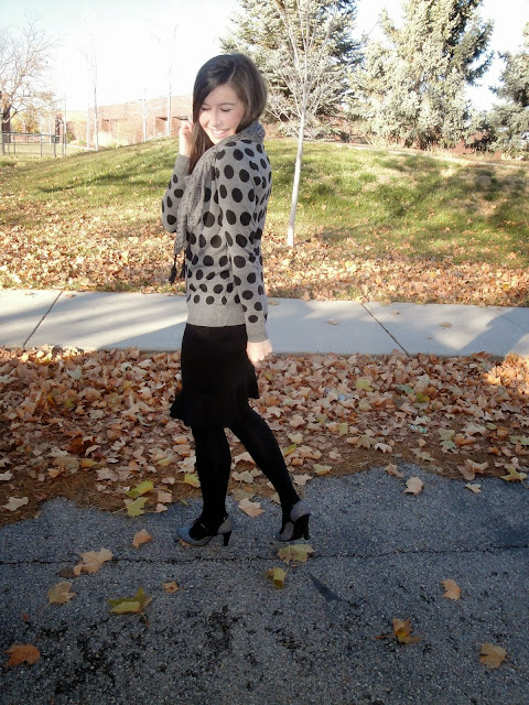payless shoes, payless, heels, polka dot sweater, polka dot, sweater, winter, fall outfit, frill skirt, kensie, kensie scarf, long hair, outfit,