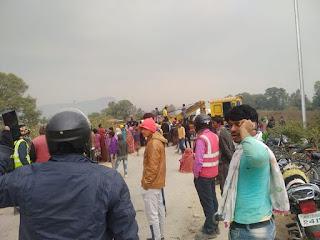 सीधी में यात्रियों से भरी बस नहर में गिरी, 50 से ज्यादा यात्री थे सवार, रेस्क्यू ऑपरेशन जारी