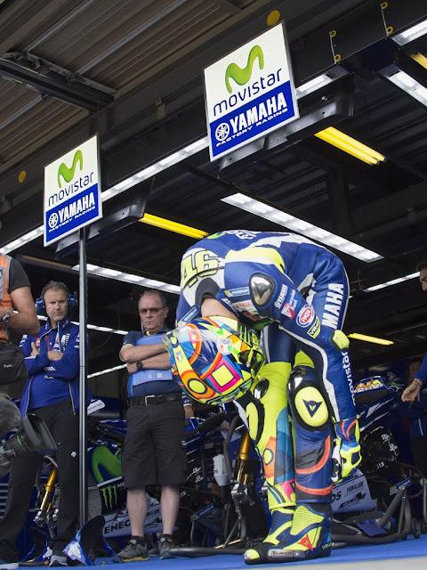 berita motogp Rossi rebut Pole dalam kondisi Sakit dan motor tidak Fit