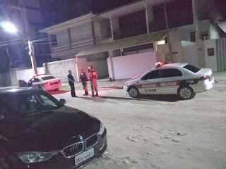 Casa do ministro Marcelo Queiroga é invadida em Cabedelo