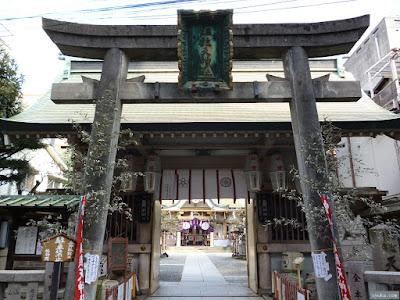 綱敷天神社の正門鳥居