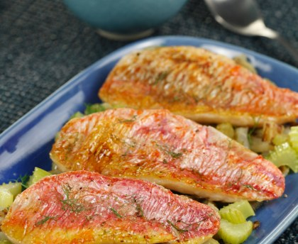 Roasted red mullet fillets with fennel and basil butter