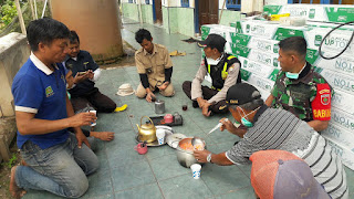 Tingkatkan Silaturahmi Ditengah Pandemi Covid-19, Bhabinkamtibmas sampaikan Pesan Kamtibmas
