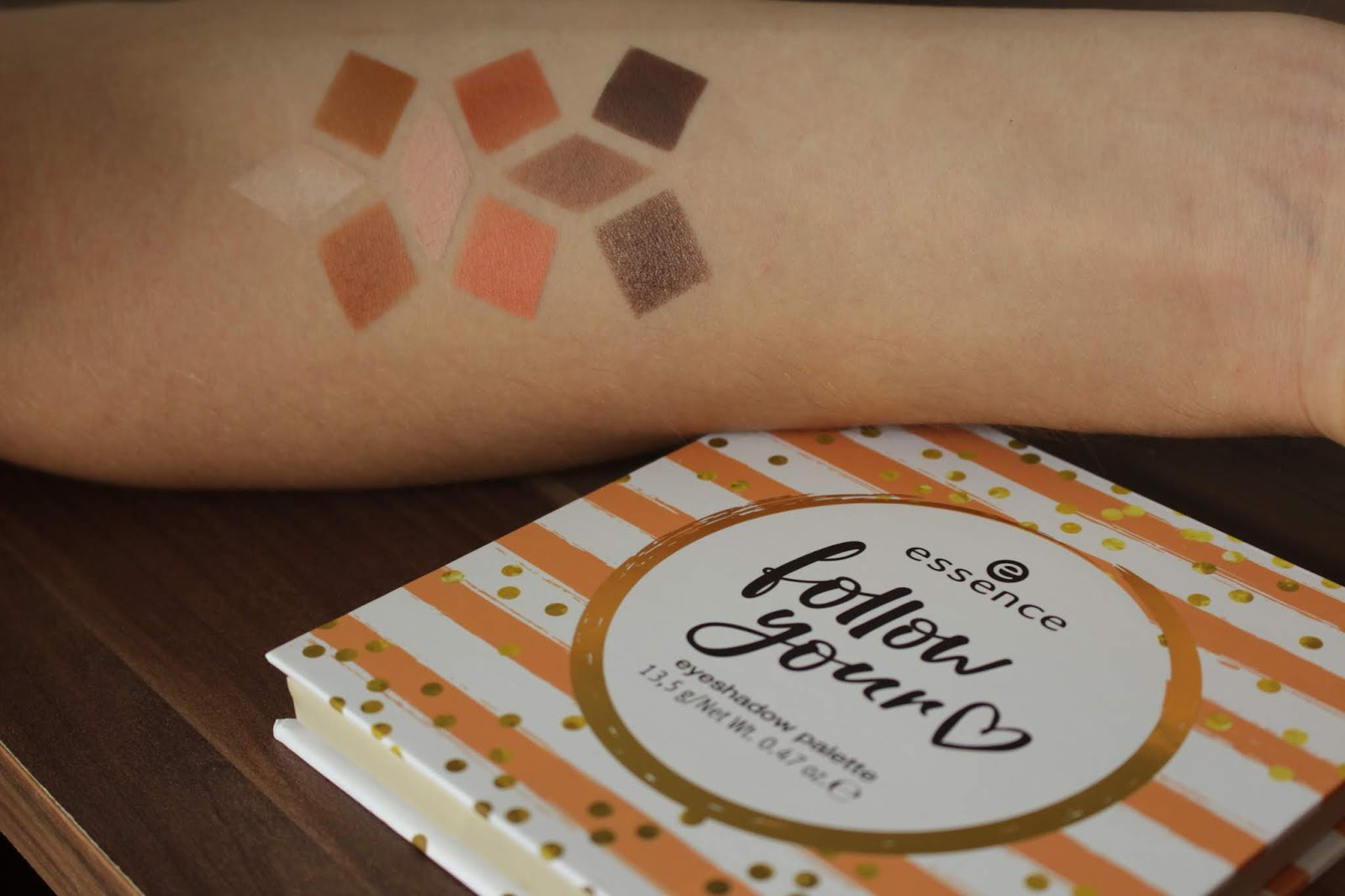 Follow Your Heart Essence Follow Your Heart Eyeshadow Palette Swatches Und Review