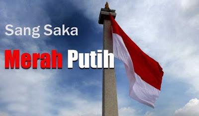 Foto bendera merah putih berkibar