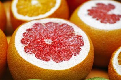 Manfaat jeruk bali bagi kesehatan tubuh manusia