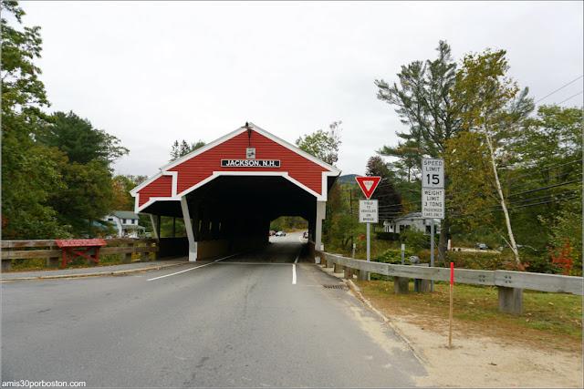 Honeymoon Bridge: Puente Cubierto de Jackson, New Hampshire