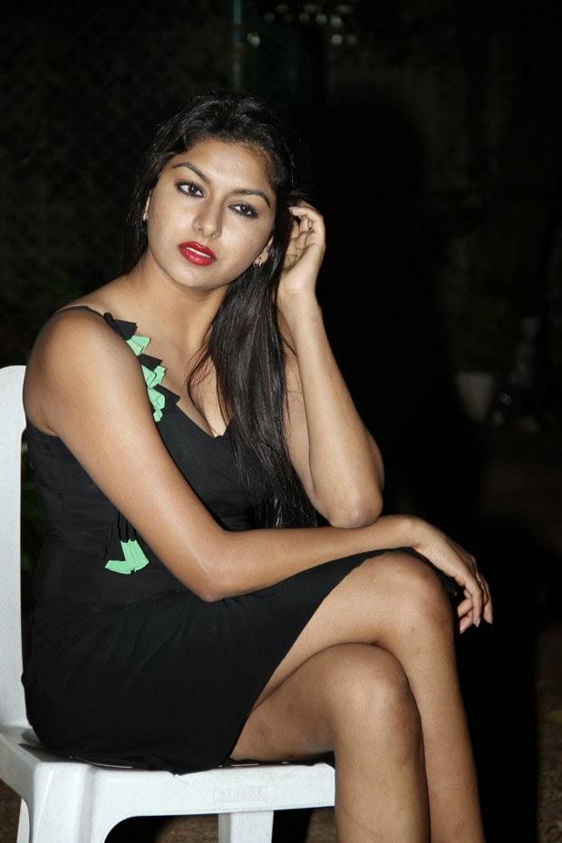 Beautiful Charming Desi Bhabhi 49