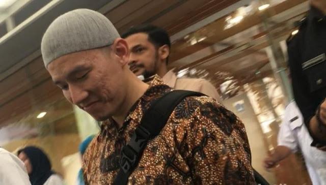 Diprotes Sejumlah Massa, Ceramah Felix Siauw di Bandung Diizinkan Kemenag