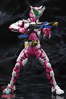 S.H. Figuarts Kamen Rider Jin Flying Falcon 39