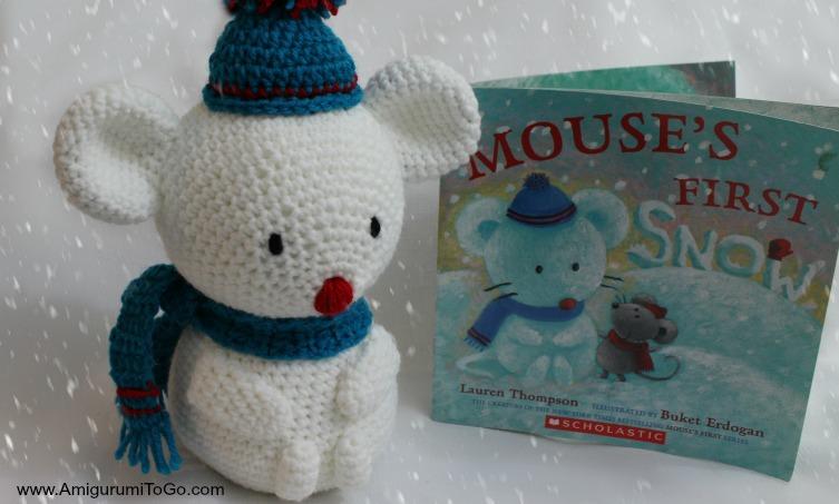 Amigurumi Snowman : Snowman built for a mouse amigurumi to go
