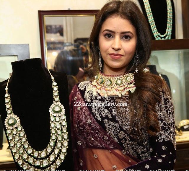 Model Showcasing Kundan Set by Zak jewels