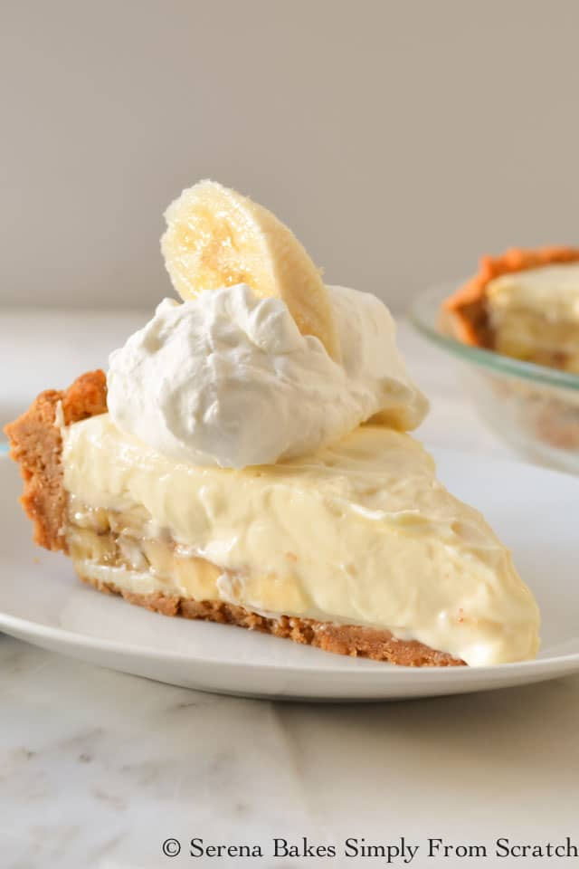 Banana Pudding Cheesecake recipe is a favorite. Homemade Banana Pudding with Cream Cheese makes a delicious no bake banana pudding perfect for Thanksgiving or Christmas dessert from Serena Bakes Simply From Scratch.