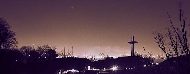 Góra Gradowa nocą