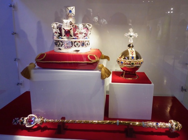 British Crown Jewels replicas The Crown