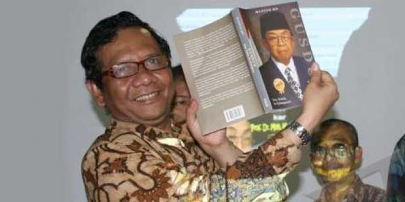 Gus Dur, Mendidik dan Melahirkan Orang-orang Besar