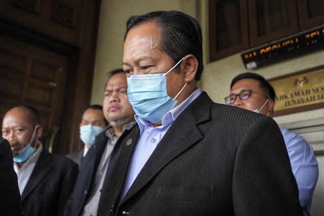 Ahmad Maslan gagal kali kedua batal pertuduhan
