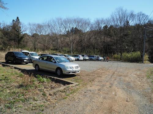 鹿嶋神社そばの駐車場