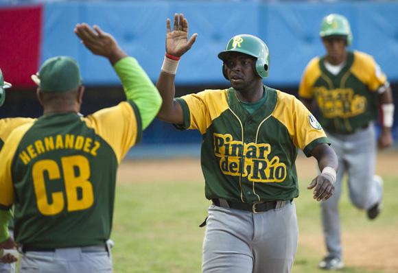 William Saavedra, beisbol cubano
