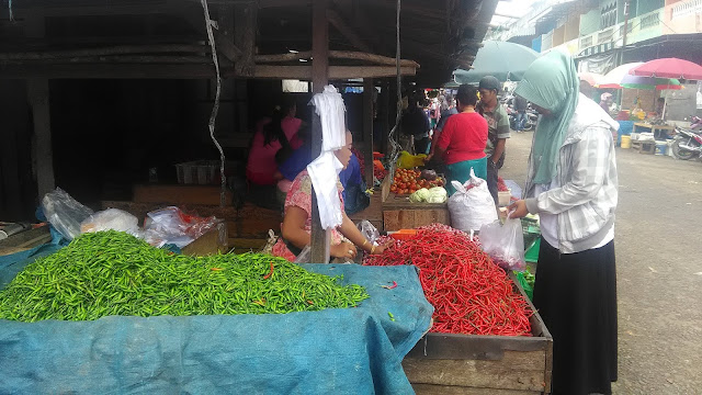 Harga Cabe Merah Meroket Hingga 100 Persen