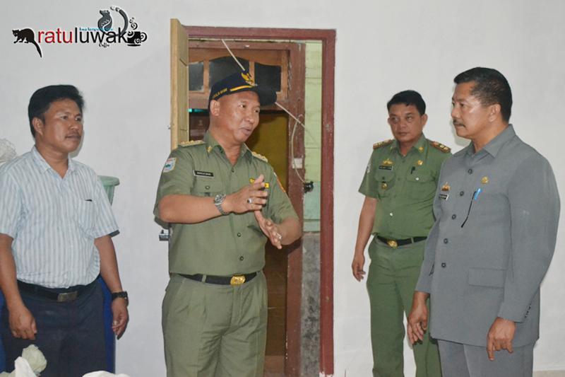 Bupati Lampung Barat Kunjungi Ratu Luwak Liwa