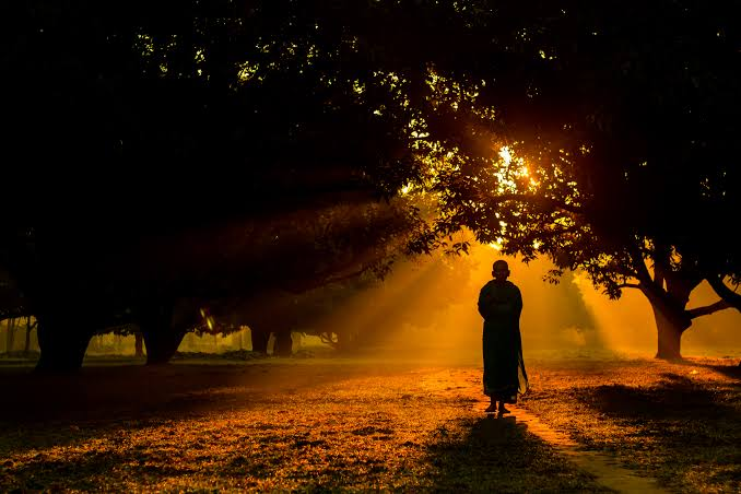आध्यात्मिक जीवन के लिए क्या-क्या जरूरी है?