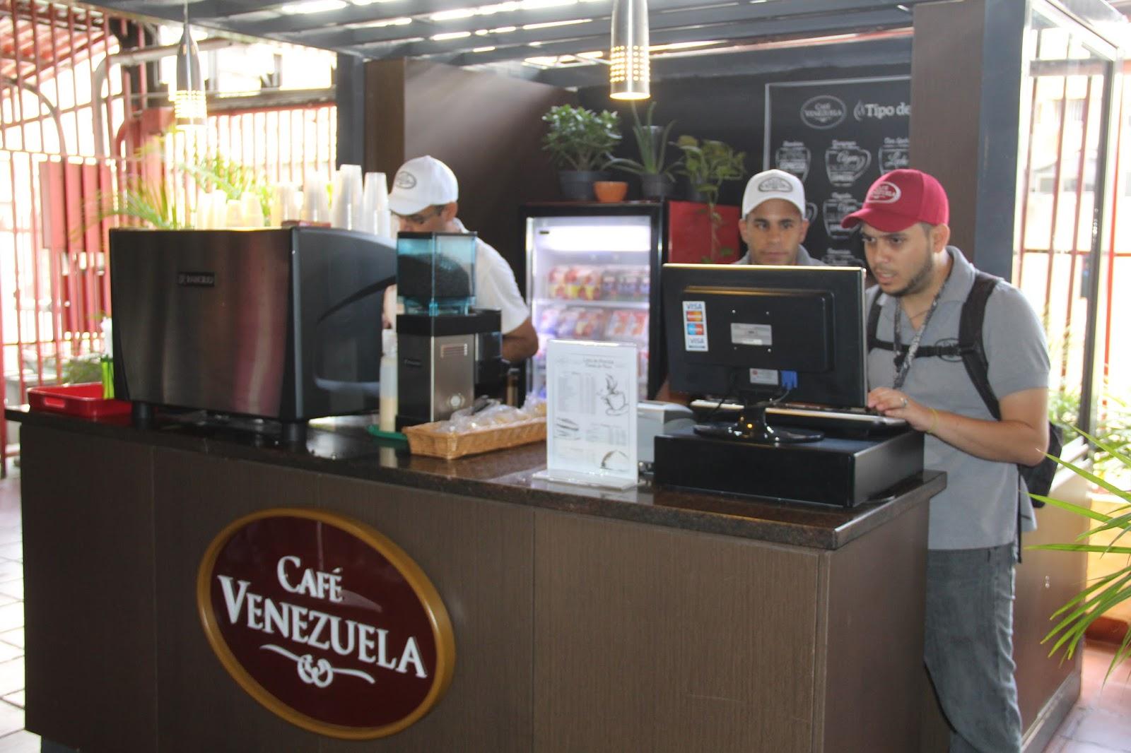 por su parte daniel guerrero presidente de caf venezuela seal que con la apertura de dicha tienda en el ministerio de habitat y vivienda